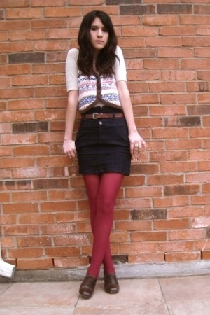 vest f21 - thrifted mini - hue tights - oxfords Urban Outfitters