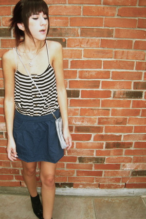 tank Charlotte Russe shirt - Payless shoes - vintage bag - f21 skirt