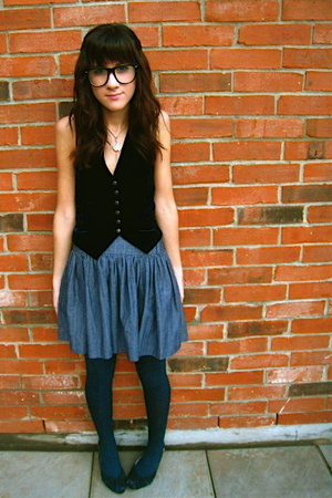 Anthropologie vest - f21 skirt - UO tights - Target shoes