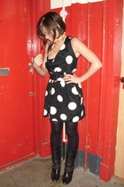 black vintage dress - black River Island boots - gold house of done necklace