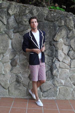 blue vintage blazer - white Pull and Bear t-shirt - white BLANCO shorts - white