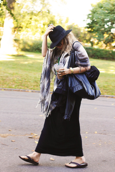 black ALL CLOTHING INFO ON MY BLOG scarf