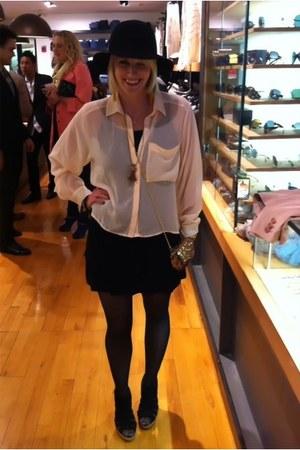 black wool Rag and Bone hat - black cotton Zara shorts - peach silk H&M blouse -