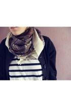 t-shirt - H&M scarf - vest