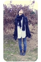 texto boots - Sicko jeans - Zara shirt - necklace