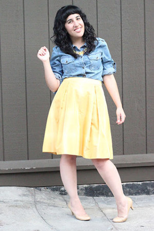 light blue denim Ana shirt - yellow banana republic skirt