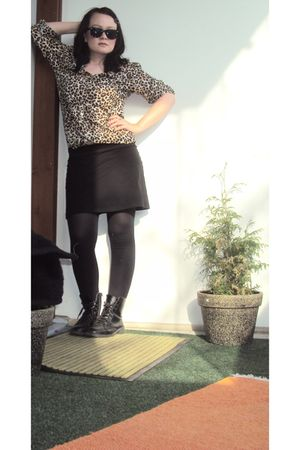 beige H&M blouse - black H&M skirt - black H&M shoes - black random leggings - b