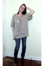 Elizabeth & James t-shirt - Eryn Brinie necklace - YMI jeans - Nine West boots