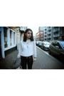 Camel-vintage-boots-heather-gray-zara-blazer-white-detailed-zara-blouse
