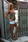 Guess-shorts-guess-heels-vera-moda-top-aldo-watch