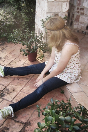 Converse shoes - Valley Girl jeans - Valley Girl top - op shop bracelet - handma