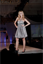 heather gray Jason Meyers dress