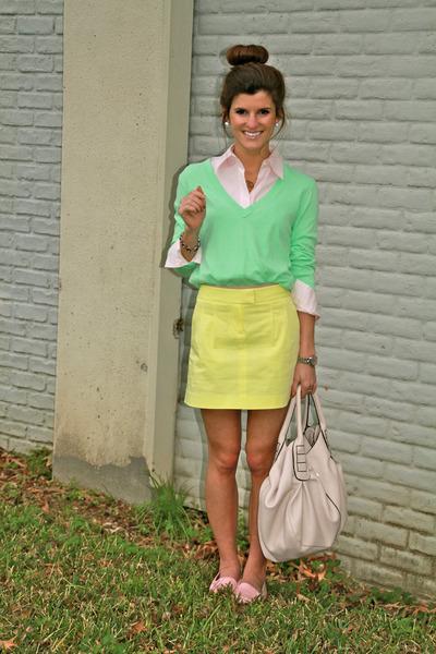 cream skirt Theory skirt - aquamarine v-neck J Crew sweater