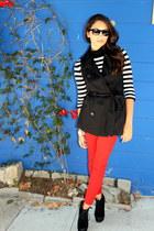 red Forever 21 jeans - black Forever 21 vest