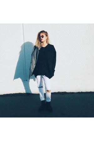 Broke Bitch sweater
