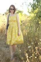 yellow vintage dress - light blue vintage bag