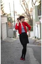 white Ray bans sunglasses - black pencil H&M skirt - black stripe Urban Outfitte
