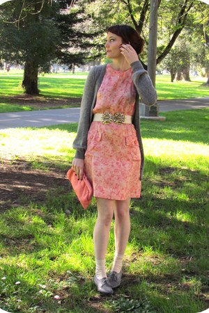 heather gray oxfords Forever 21 shoes - salmon floral print vintage dress - cora