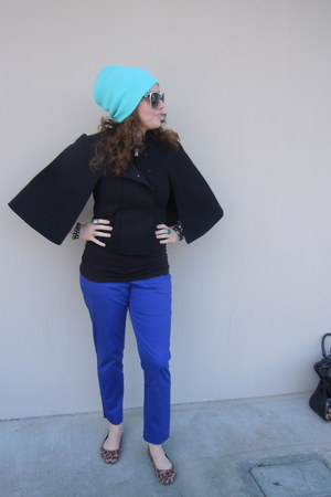 black BCBG cape - turquoise blue beanie Burton hat - Carerra sunglasses