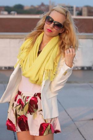 Zara blazer - H&M shorts