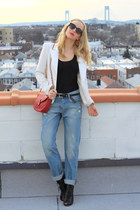 boyfriend jeans H&M jeans - ABS blazer - vintage chanel bag