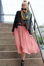 Dolce-vita-shoes-lucky-brand-scarf-karen-walker-sunglasses-h-m-skirt