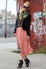 Dolce-vita-shoes-lucky-brand-scarf-karen-walker-sunglasses-h-m-skirt