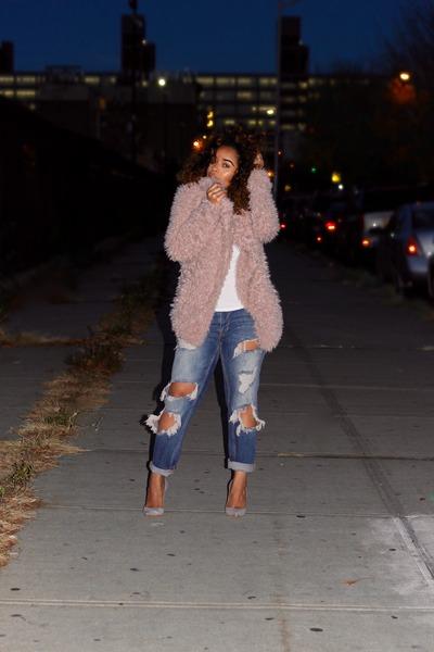 light pink faux fur Zara coat - light blue cigarette jeans Zara jeans