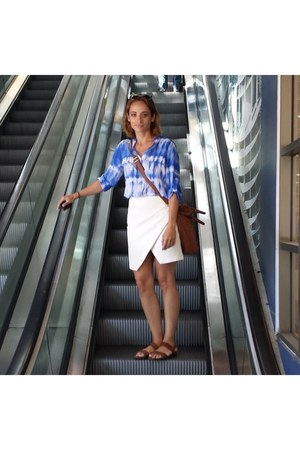 blue tie-dye calvin klein shirt - brown H&M bag - ivory cotton H&M skirt