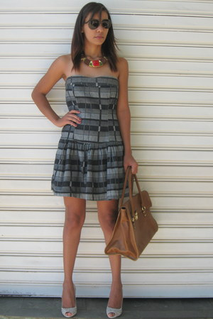 Farm dress - Encanto dos Ps shoes - H&M bag