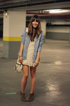 eggshell feather print Topshop dress - brown suede Zara boots