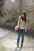 camel Zara boots - navy denim Zara jeans - gold H&M sweater