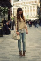 gold gold H&M sweater - brown suede Zara boots - blue skinny Levis jeans