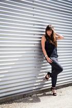 black lace Vila top - gray jogging Vila pants - black heels Zara sandals