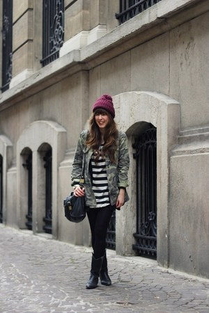 black tunic Vero Moda dress - magenta beanie Zara hat