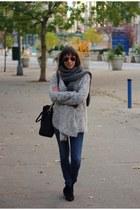 black booties ASH boots - navy skinny Diesel jeans - silver Vila sweater