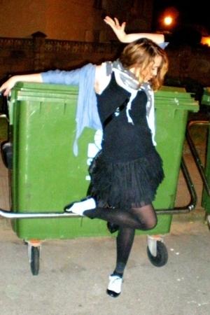 just dance:)