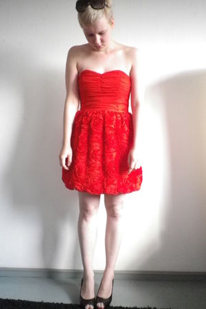 red H&M dress - black from Kosovo shoes - black Mango sunglasses
