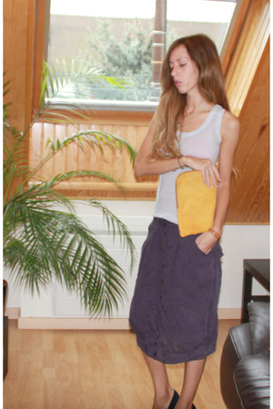 lioncel Cop Copine skirt - leather clutch Zara bag - coton Cop Copine top