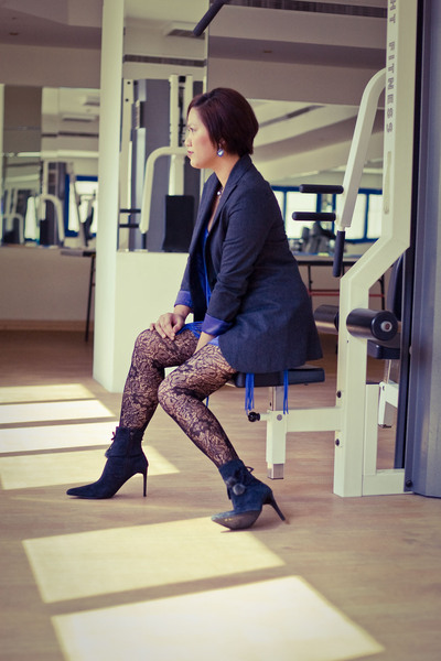 Bershka blazer - Zara - forever 21 leggings - boots - Bershka accessories