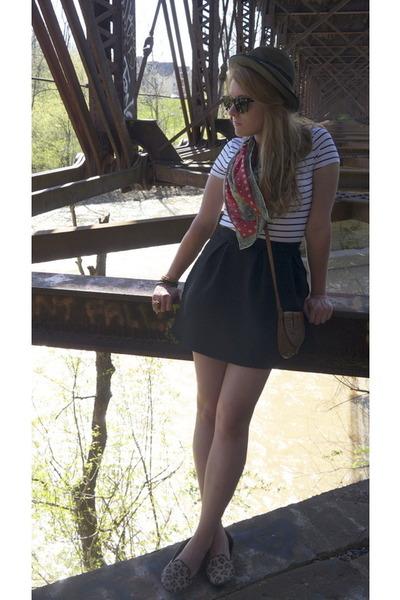 vintage hat - H&M shirt - vintage scarf - H&M skirt