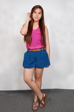navy Primadonna shorts - hot pink Primadonna blouse - brown Primadonna wedges