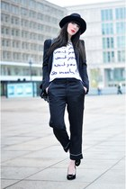 black Zara hat - white printed shirt Saint Noir shirt