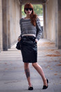 Black-chanel-bag-black-h-m-jumper-black-h-m-skirt
