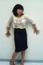 Zara sweater - Mango skirt - Charles & Keith shoes - vintage glasses