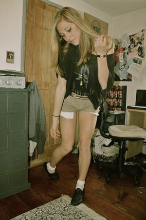 dark khaki corduroy Vans shorts