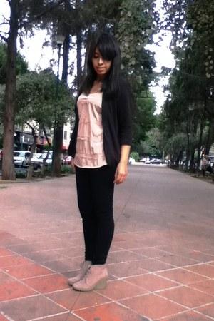 beige shoes - black blazer