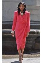 100 silk Dana Buchman dress - vintage pearls Shopcmichellestylescom accessories