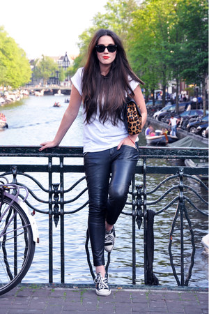 white Topshop t-shirt - black Muubaa pants