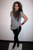 gray Zara top - black agressa Topshop boots - black leather look Topshop pants